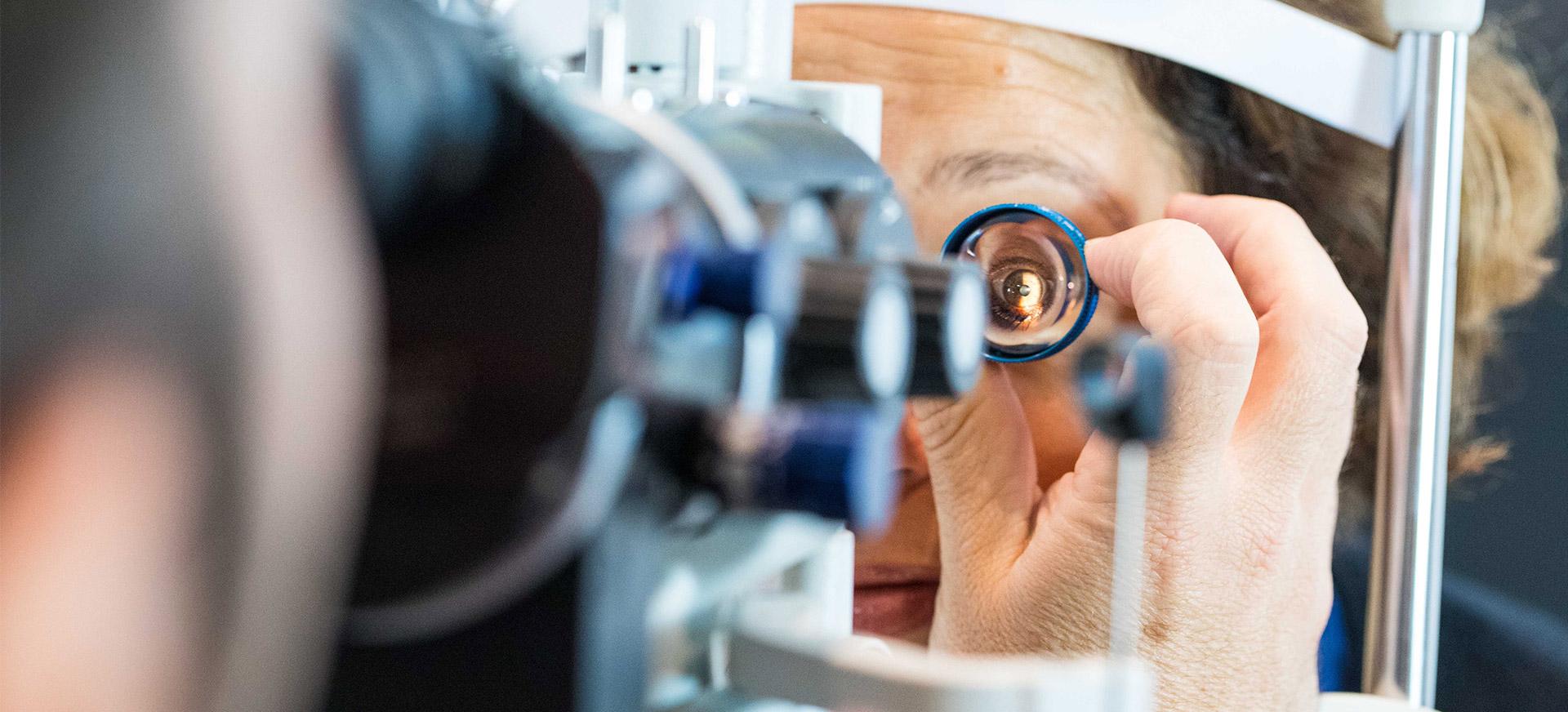 La chirurgie réfractive au laser pour la presbytie à Saint-Malo / Saint-Grégoire (Rennes)